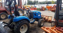 אל אס LS Tractor J27HST